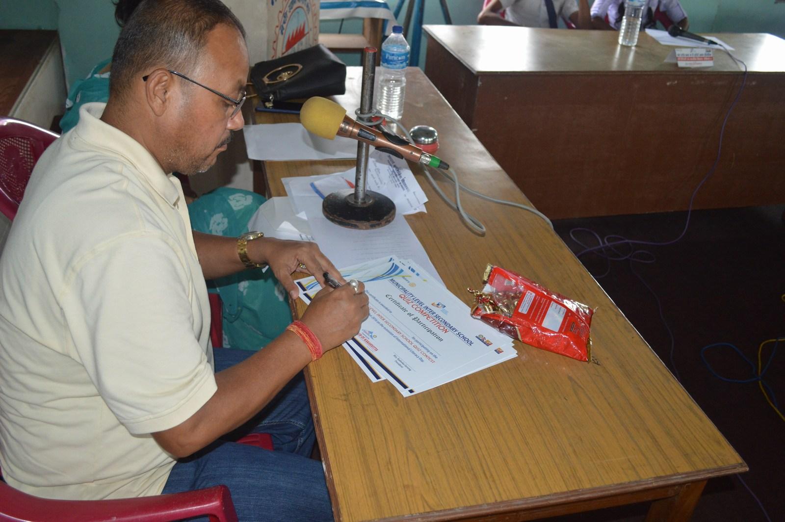 Municipality-Level-Inter-Secondary-School-Quiz-Contest-2016-Rotary-Club-of-Kakarvitta-36