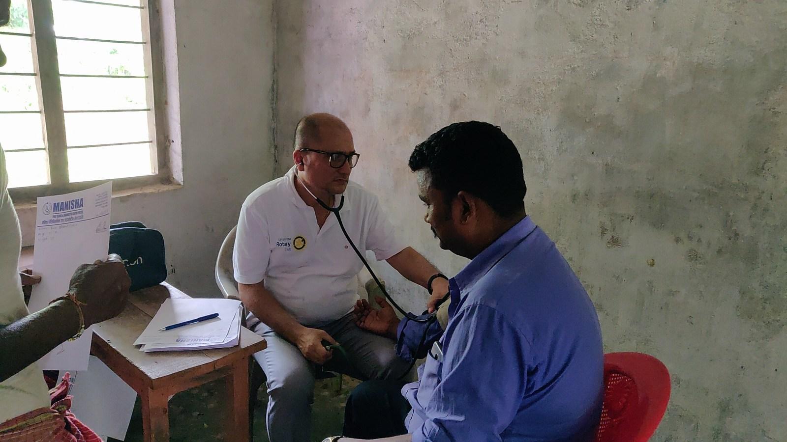 Free-Health-Camp-Eye-Screening-at-Gwala-Basti-Mechinagar-15-Jhapa-Nepal-Rotary-Club-of-Kakarvitta-29