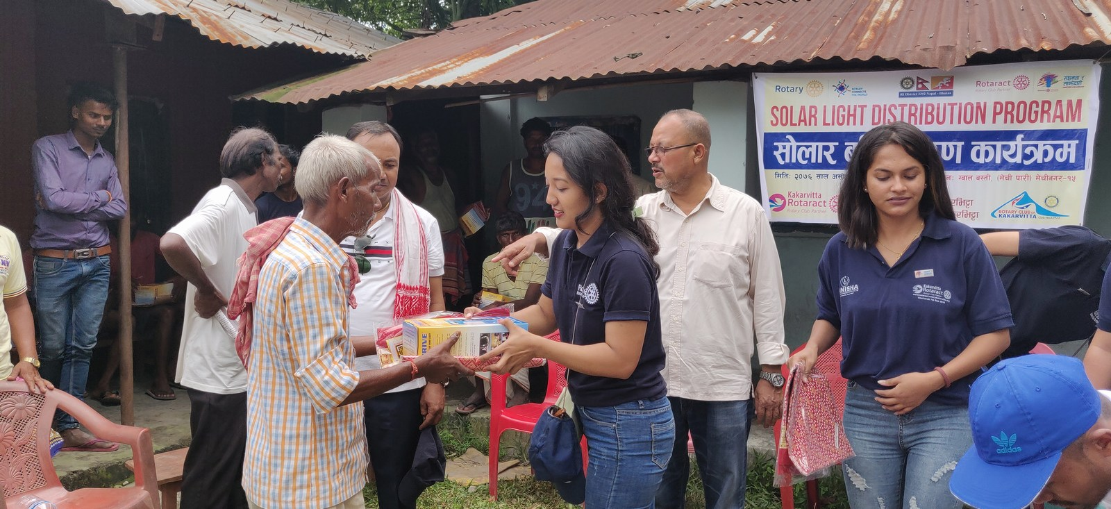 Solar-Light-Distribution-Program-Rotary-Club-of-Kakarvitta-20
