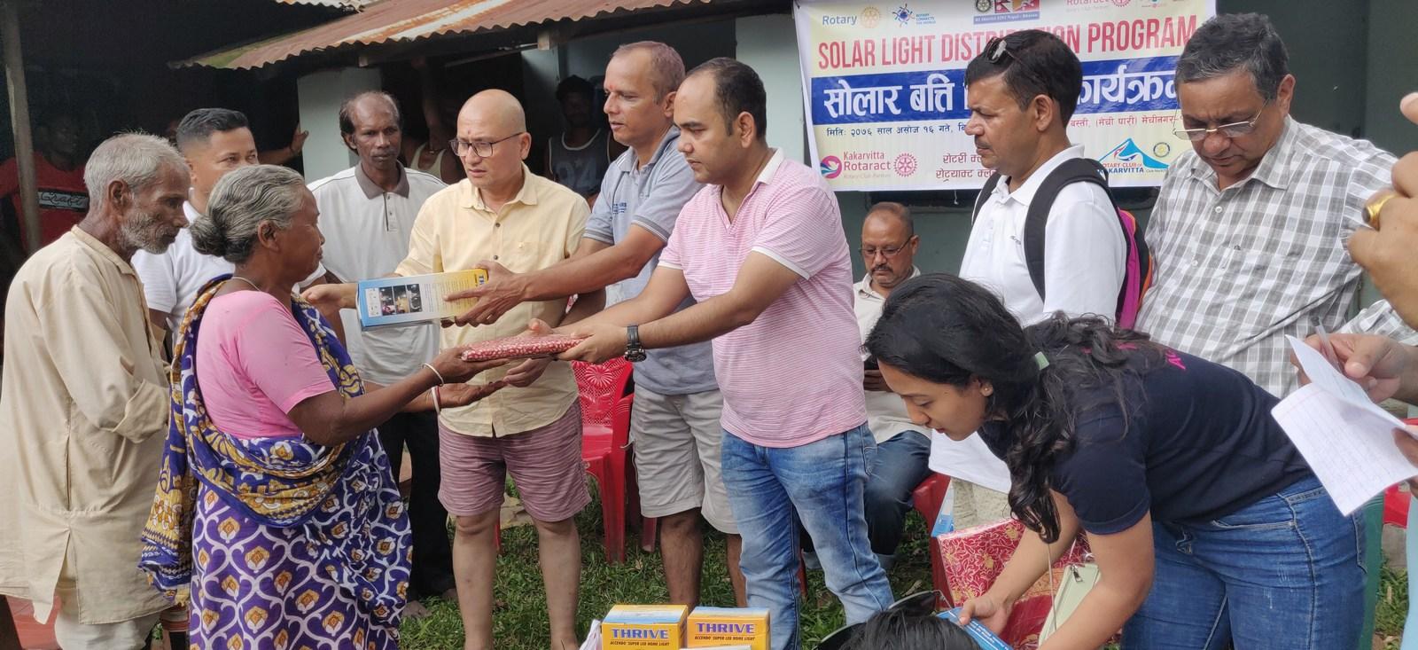 Solar-Light-Distribution-Program-Rotary-Club-of-Kakarvitta-29