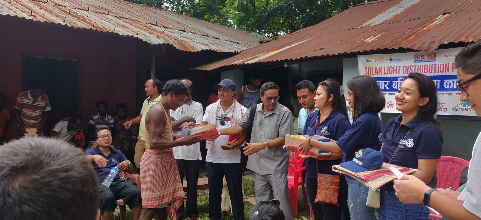Solar-Light-Distribution-Program-Rotary-Club-of-Kakarvitta-7