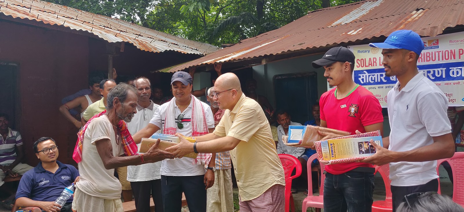 Solar-Light-Distribution-Program-Rotary-Club-of-Kakarvitta-9